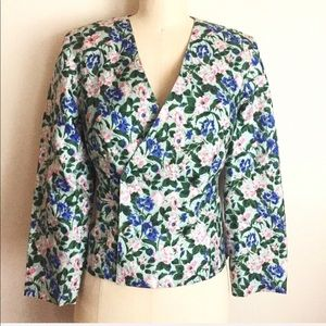 Vintage Silk Floral Print Collarless Crop Jacket!